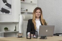 Алена Петрова - Ведущий юрисконсульт по банкротству